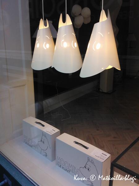 Muumiko sieltä kurkistaa Klint-valaisinliikkeen ikkunasta Kööpenhaminassa? Kuva: © Matkoilla-blogi
