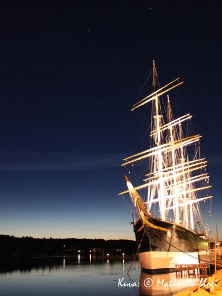 Pommern iltavalaistuksessa. Kuva: © Matkoilla-blogi
