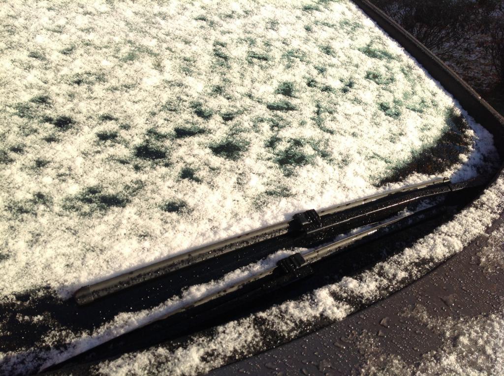 Nyt saa kaivaa esiin lumiharjan!