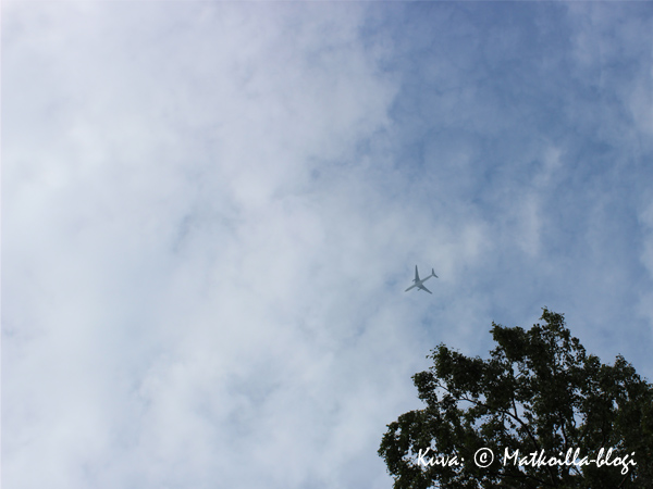 Siivet sinisellä taivaalla. Kuva: © Matkoilla-blogi