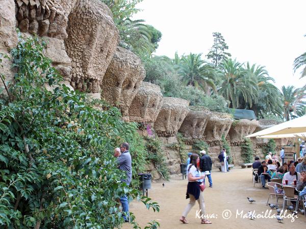 Barcelona_Guell_1_Kuva_c_Matkoilla_blogi