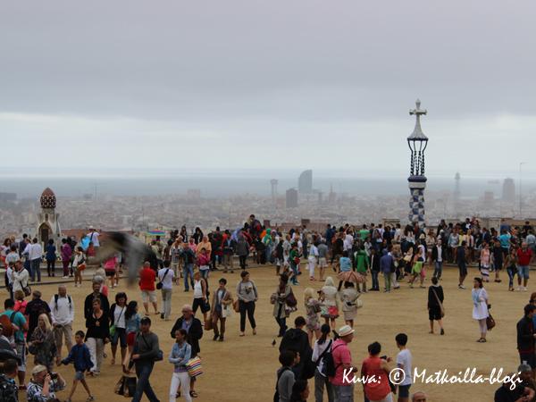 Barcelona_Guell_2_Kuva_c_Matkoilla_blogi