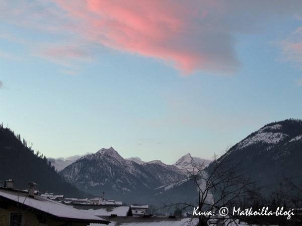 Ensimmäisen Flachaun päivän aamu valkeni kirkkaana. Kuva: © Matkoilla-blogi