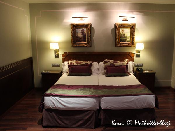 Andorra Plazan huoneemme. Kuva: © Matkoilla-blogi