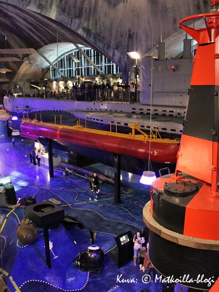 Lennusadam-museo ja sukellusvene Lembit. Kuva: © Matkoilla-blogi