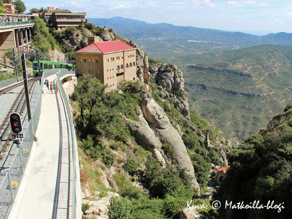 Montserrat_asema_1_Kuva_c_Matkoilla_blogi