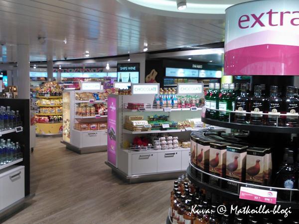 Kannen 6 Tax Free-myymälä on nykyään Superstore - huomattavasti laajempi ostoselämys kuin ennen. Kuva: © Matkoilla-blogi