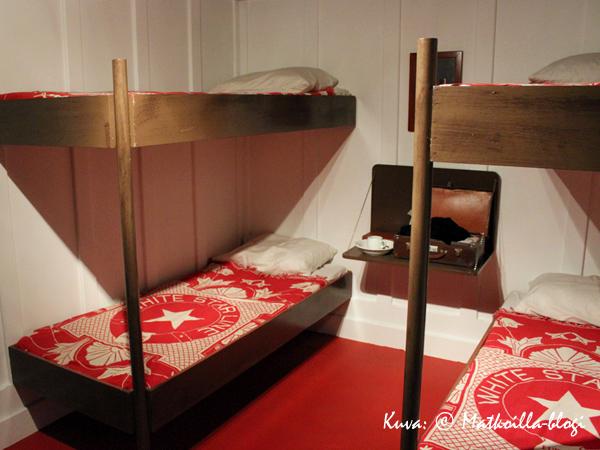 Kolmannen luokan hytissä asuttiin huomattavasti askeettisemmin kuin muissa matkustusluokissa. Kuva: © Matkoilla-blogi
