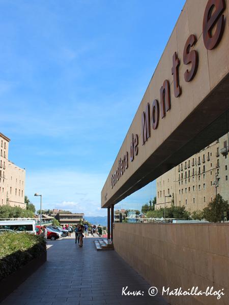 Montserrat_asema_2_Kuva_c_Matkoilla_blogi