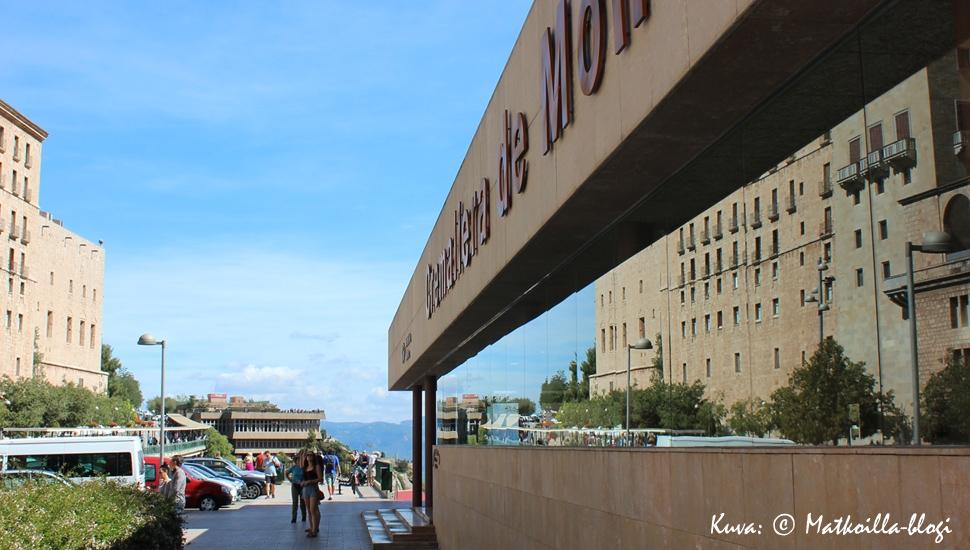 Montserratin luostarin asema. Kuva: © Matkoilla-blogi