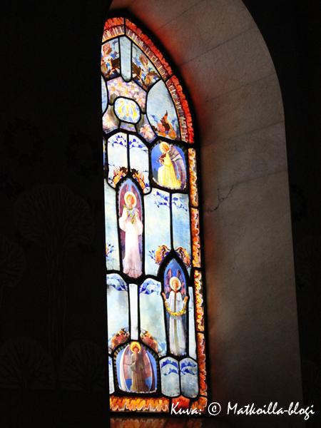 Montserrat_ikkuna_1_Kuva_c_Matkoilla_blogi