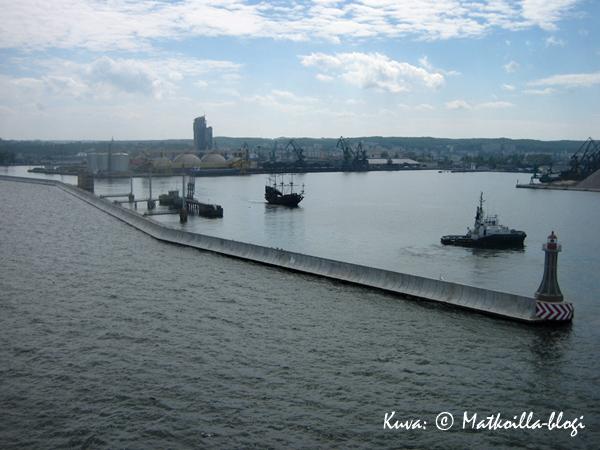 Gdanskin satama. Kuva: © Matkoilla-blogi