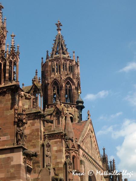 Freiburg im Breisgau: Münster. Kuva: © Matkoilla-blogi
