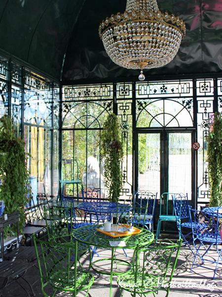 Kasvihuoneilmiön viihtyisä terassi. Kuva: © Matkoilla-blogi
