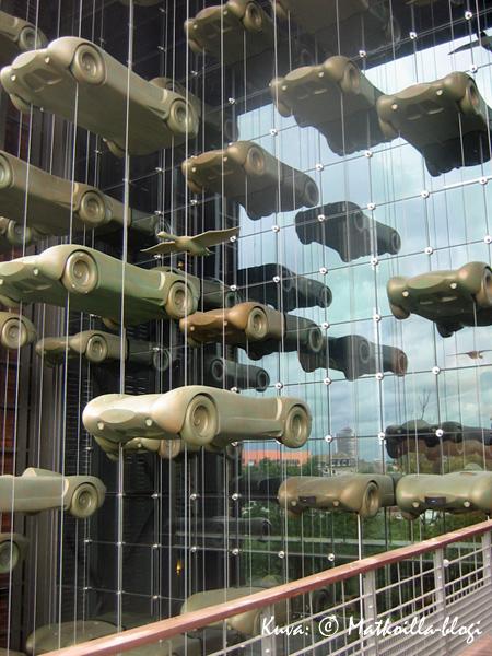 Autoja, autoja… Kuva: © Matkoilla-blogi