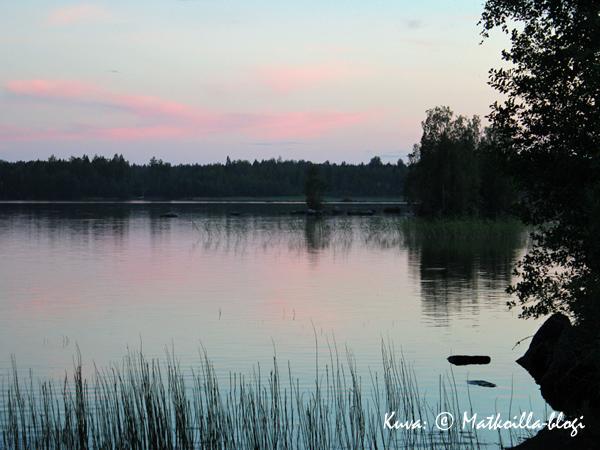 Kesäilta. Kuva: © Matkoilla-blogi
