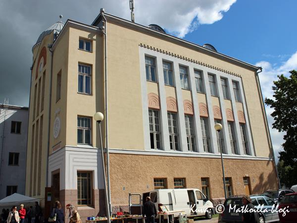 Keräilymessut vetivät taas väkeä Lovisa Gymnasium'iin. Kuva: © Matkoilla-blogi
