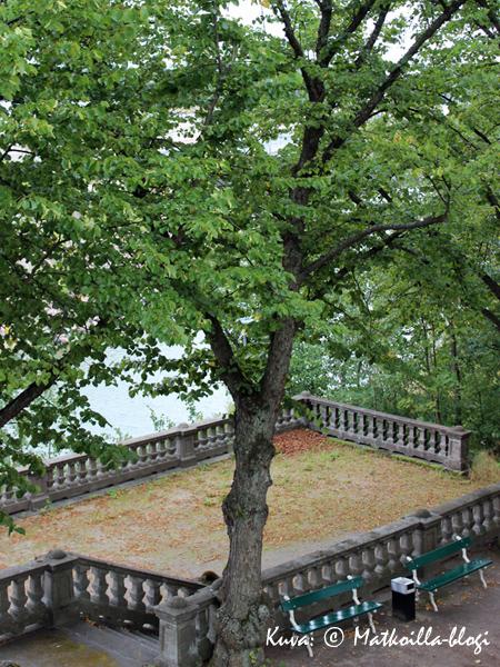 Puutarhan kivipengerryksiä. Kuva: © Matkoilla-blogi