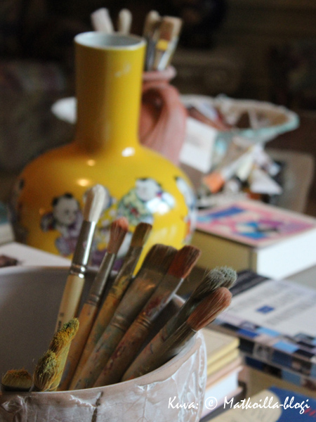 Taiteilijan työvälineitä. Kuva: © Matkoilla-blogi