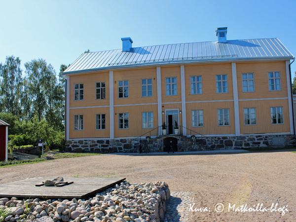 Rosenlundin pappila. Kuva: © Matkoilla-blogi