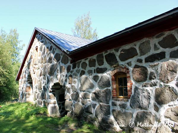 Rosenlundin pappilan kivinavetta. Kuva: © Matkoilla-blogi