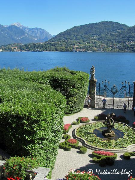 Villa Carlotta - palatsi järvinäköalalla. Kuva: © Matkoilla-blogi