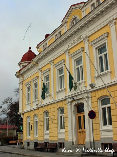 Tammisaaren kaupungintalo. Kuva: © Matkoilla-blogi