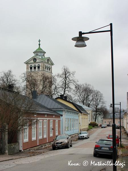 Tammisaaren kirkko. Kuva: © Matkoilla-blogi