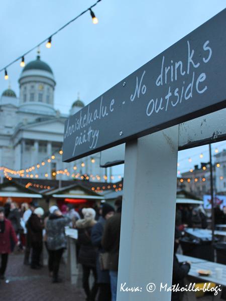 Suomessa kun ollaan, on turvallista tietää missä anniskelualue päättyy... Kuva: © Matkoilla-blogi