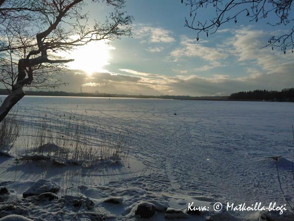 Kuukauden kuva: Talvinen Laajalahti, Espoo. Kuva: © Matkoilla-blogi