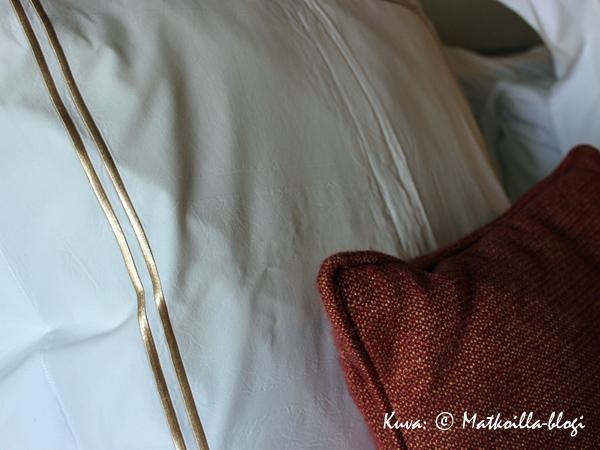 """Viimeistellyt yksityiskohdat ja harmooniset värit luovat ylellisyyden tuntua - varustamon mukaan sitä """"Modern Luxurya"""". Kuva: © Matkoilla-blogi"""
