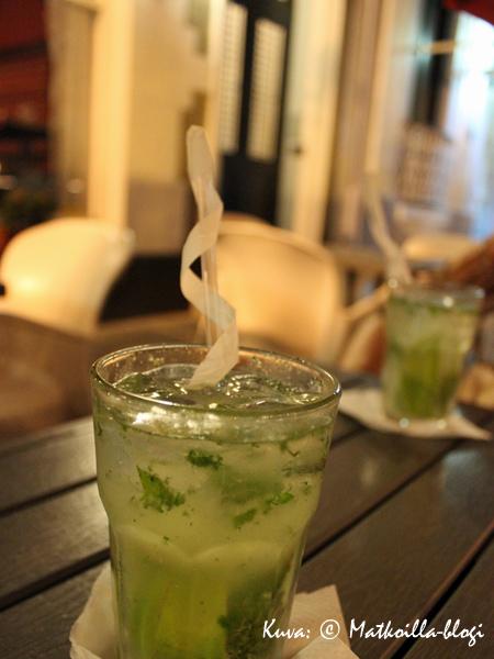 Mojito time - matkalla takaisin laivalle illalliselta San Juanissa. Kuva: © Matkoilla-blogi