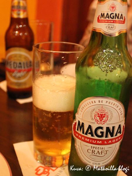 Ruokajuomaksi kannattaa sitten ehdottomasti valita Magna, kevytversio Medailla oli myös maultaan kevyt. Kuva: © Matkoilla-blogi