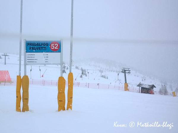 Pradalago Provetti, rinne nro 52 - yksi suosikkirinteistämme, myös lumipyryssä! Kuva: © Matkoilla-blogi