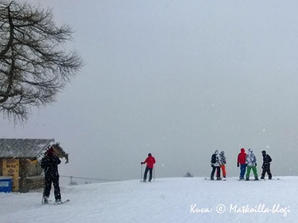 Pradalago lumipyryssä. Kuva: © Matkoilla-blogi