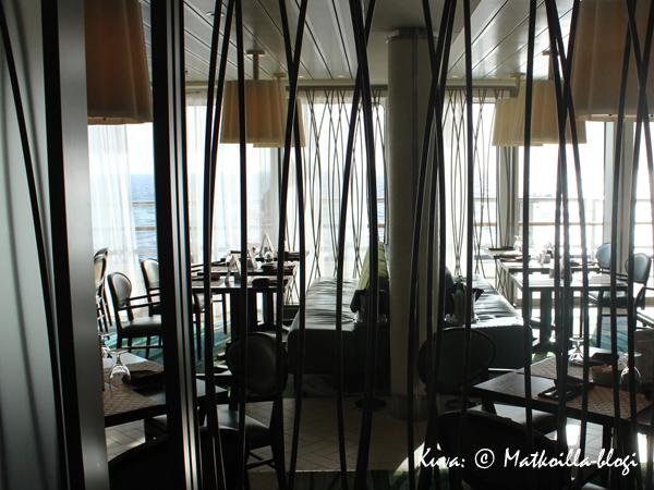 Bistro on Five - aluksen crepes-ravintola. Kuva: © Matkoilla-blogi