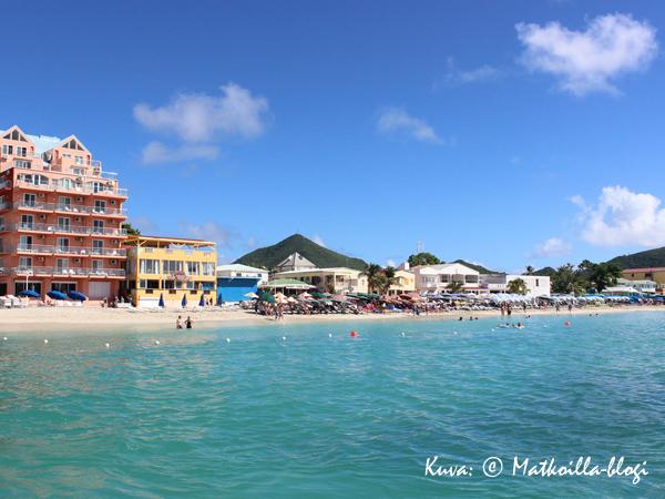 Philipsburgin ranta St.Maartenilla. Kuva: © Matkoilla-blogi