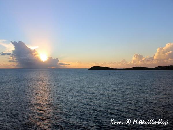 St_Thomas_sunset_1_Kuva-©-Matkoilla-blogi