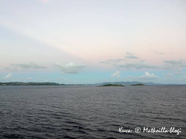 St_Thomas_sunset_2_Kuva-©-Matkoilla-blogi