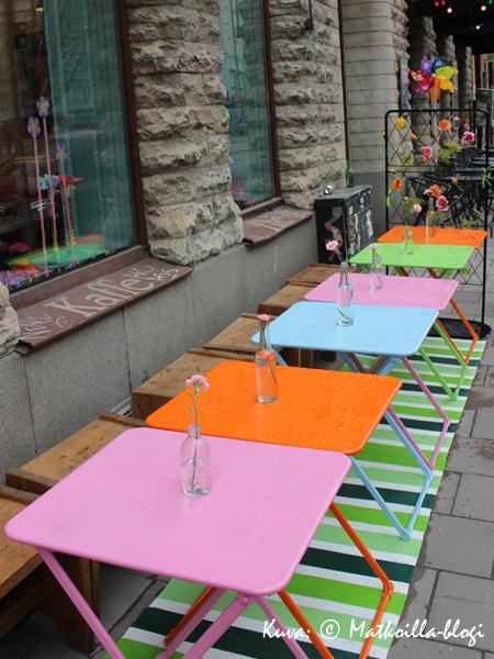 Värikästä terassielämää... Kuva: © Matkoilla-blogi