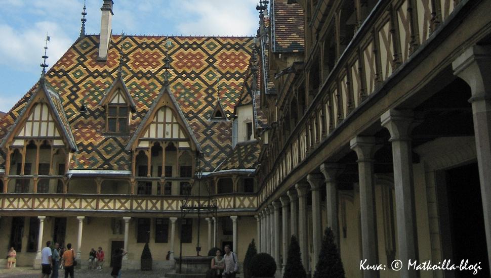 Keskiviikon kuva: Hôtel-Dieu de Beaune, Ranska. Kuva: © Matkoilla-blogi