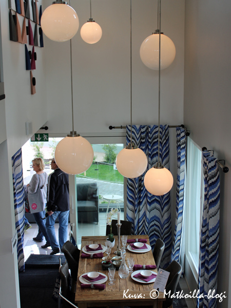 Asuntomessut 2015: 32 - Amanda, korkeakattoinen ruokailutila. Kuva: © Matkoilla-blogi