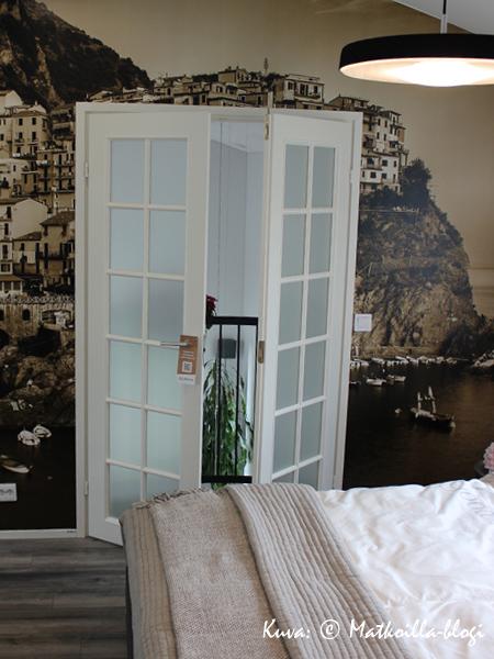 Asuntomessut 2015: 37 - Terca Tiger, makuuhuoneen hauska ranskalainen parveke. Kuva: © Matkoilla-blogi