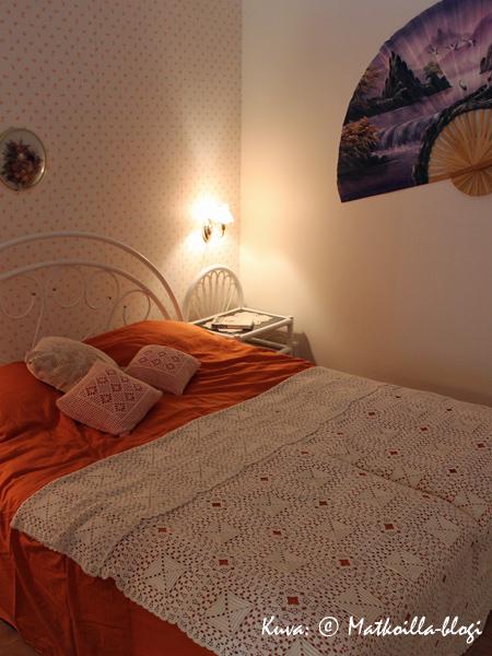 Asuntomessut 2015: Kasarikodin kodikkuutta - oranssia, pitsiä ja rottinkia! Kuva: © Matkoilla-blogi