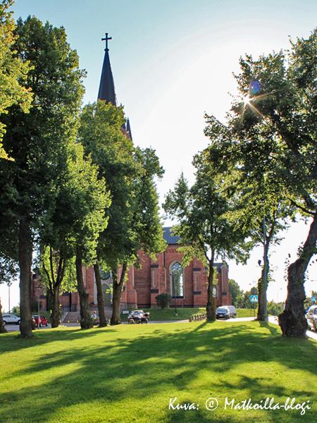 Loviisan kirkko. Kuva: © Matkoilla-blogi