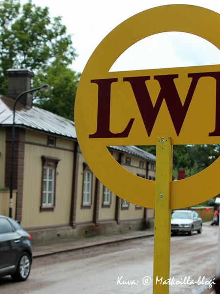 LWT-kohteet tunnistaa kyltistä. Kuva: © Matkoilla-blogi