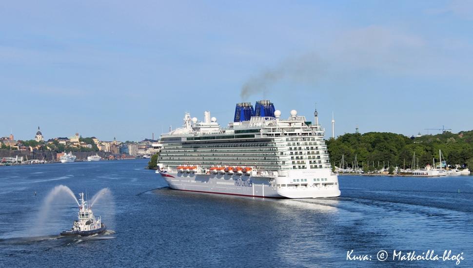 Keskiviikon kuva: Britannia saapuu ensivierailulleen Tukholmaan kesäkuussa 2015. Kuva: © Matkoilla-blogi