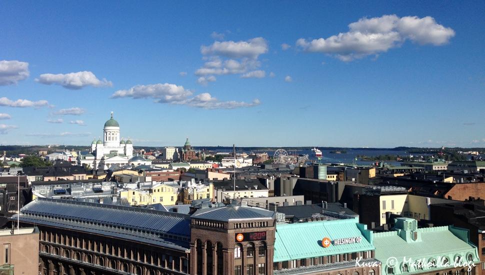 Dinner in the Sky - illallinen Helsingin kattojen yllä. Kuva: © Matkoilla-blogi