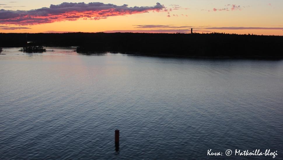 Keskiviikon kuva: Turunmaan saaristo matkalla kohti Gotlanti elokuussa 2015. Kuva: © Matkoilla-blogi