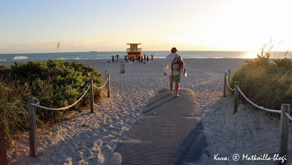 Keskiviikon kuva: Auringonnousu Miami South Beachilla. Kuva: © Matkoilla-blogi